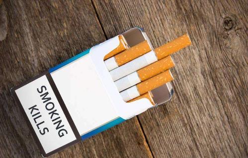 071118-04 伊州埃爾金市將考慮提高煙草購買最低年齡限制