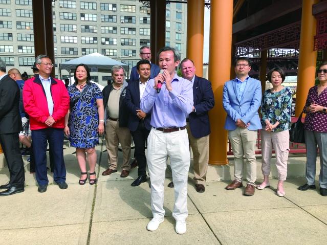 照片四:駐芝加哥台北經濟文化辦事處副處長陳彥夆致辭