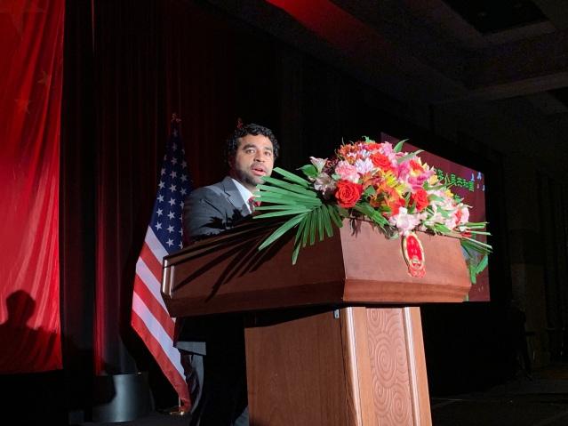 05 芝加哥市市長代表Juan Carlos Linares致辭