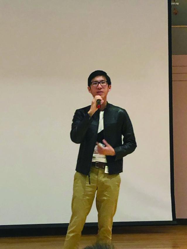 丁胤翔演唱表述愛情的國語歌曲《當你》