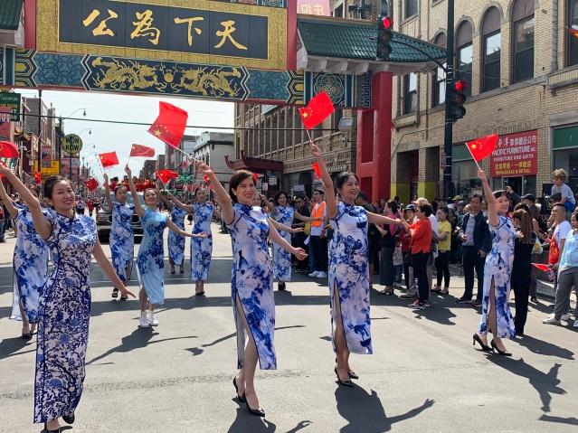照片十八:唯美旗袍展示中國文化 (1)
