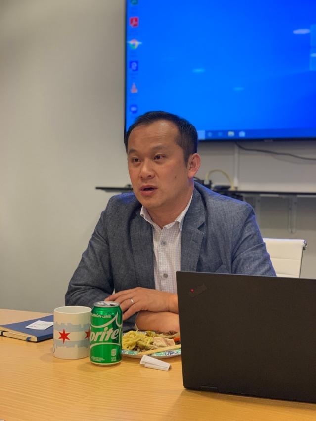 1、總裁劉國華向媒體代表們分享華咨處過往一年的服務工作成就