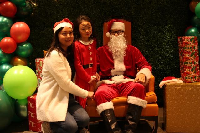 与圣诞老人合照2